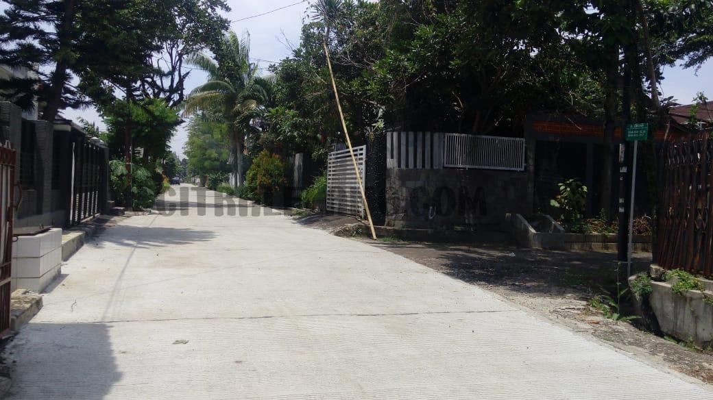 L210816-1130 Bogor 3002B (F1)